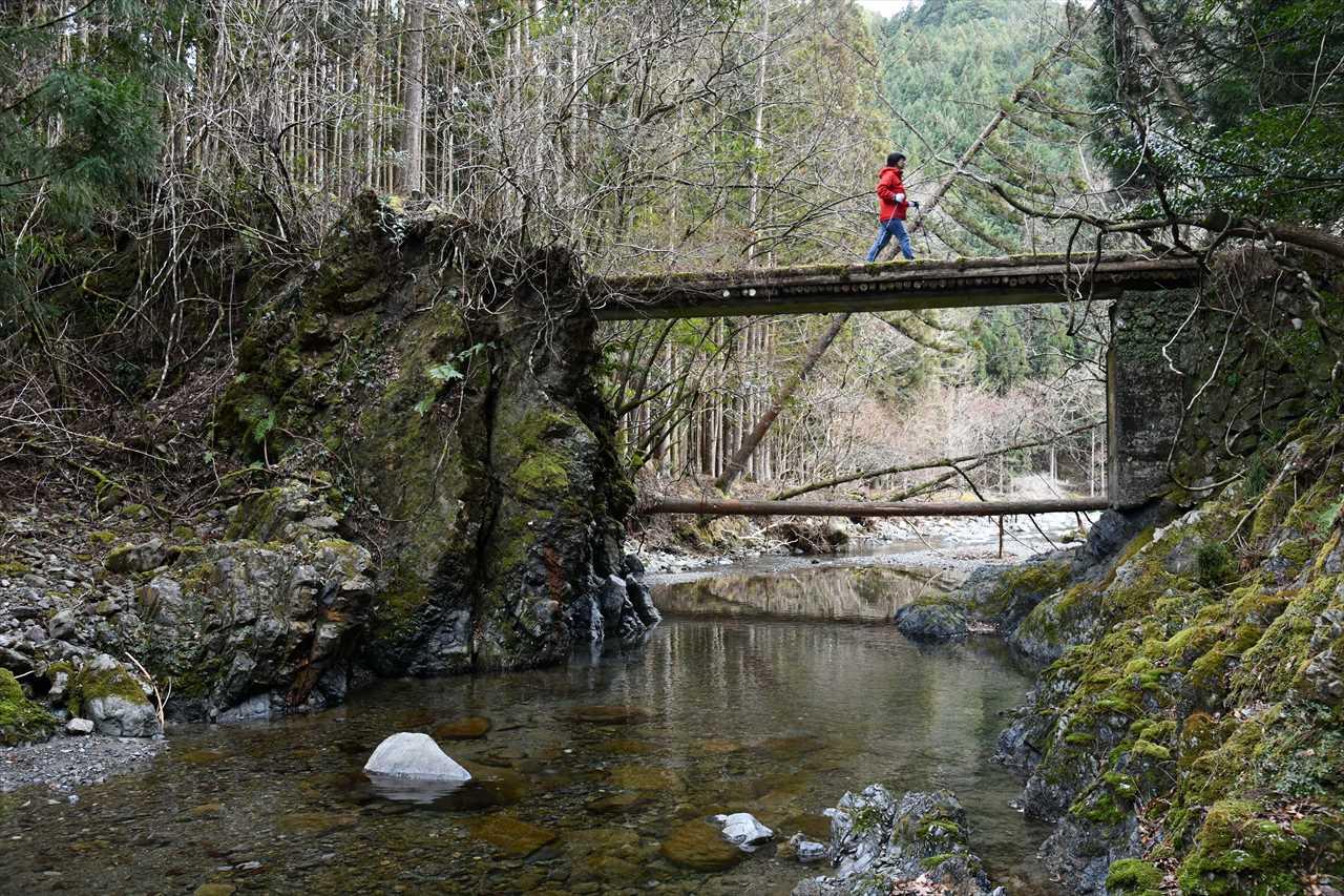 道湯川の橋