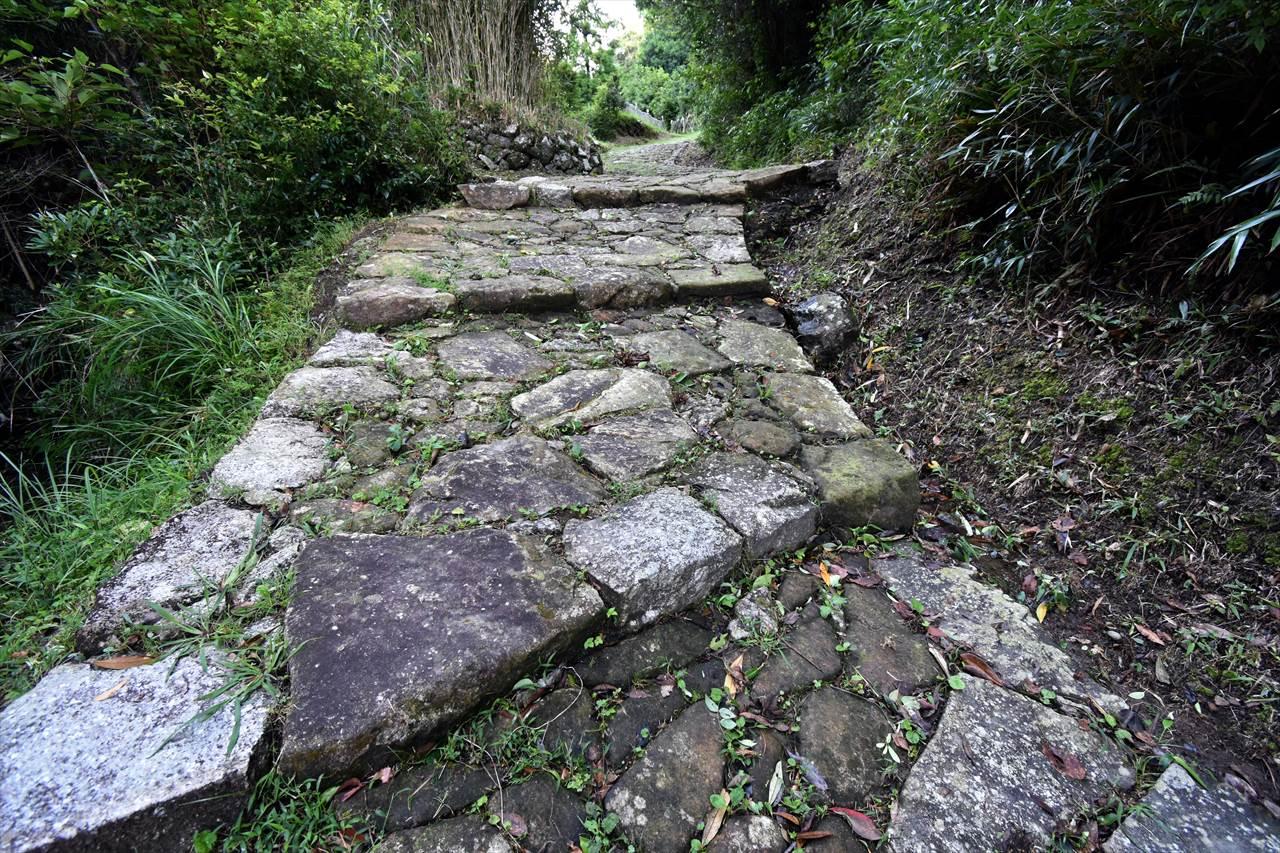 高野坂の石畳